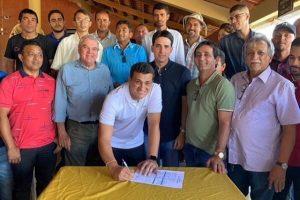Ex-prefeito de Exu se filia ao Republicanos em Pernambuco
