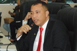 Deputado Jaime Perez defende mais segurança nas escolas estaduais do Amapá
