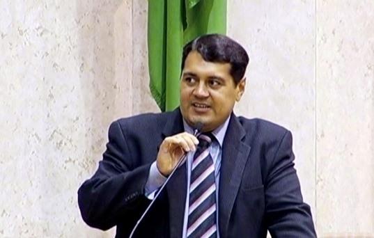 Jean Madeira apoia projetos que vão beneficiar a Guarda Civil e Cooperativas de Transporte