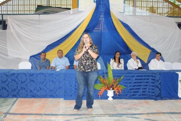 Prefeita Jeannyne Beltrão investe na formação de professores