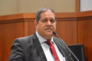 Jeferson Rodrigues defende ações de combate ao suicídio