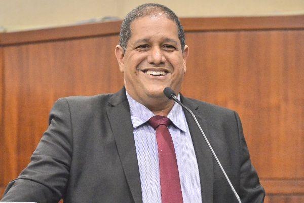 Jeferson Rodrigues tem atuação de destaque em defesa dos idosos e mulheres