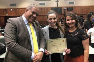 Líderes jovens de Goiás são homenageados na Assembleia