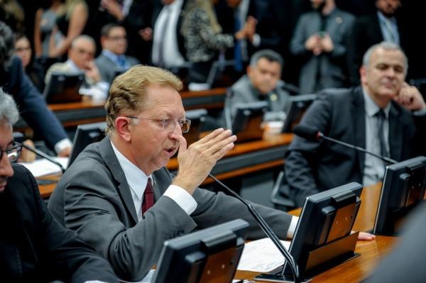 Comissão do Novo Código de Processo Penal discutirá parecer de João Campos