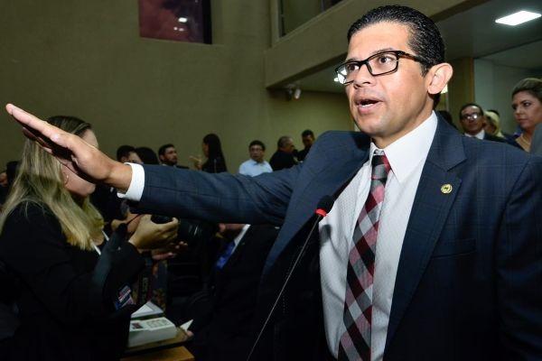 João Luiz toma posse como deputado estadual na Assembleia Legislativa do Amazonas