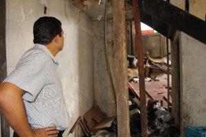 João Luiz leva assistência à família em prédio abandonado no centro de Manaus