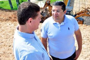 Secretário João Luiz garante obras de melhorias no bairro Petrópolis em Manaus (AM)