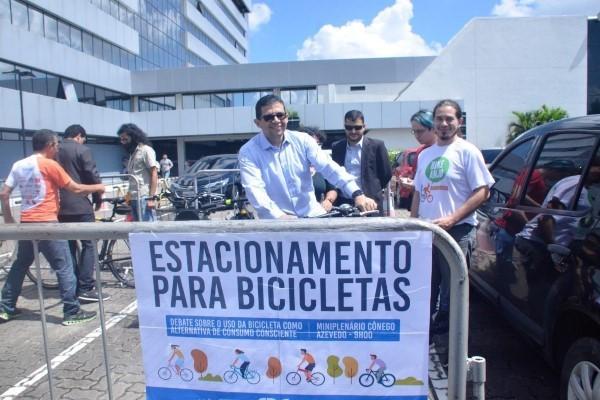 Uso da bicicleta como alternativa de consumo consciente é debate no AM