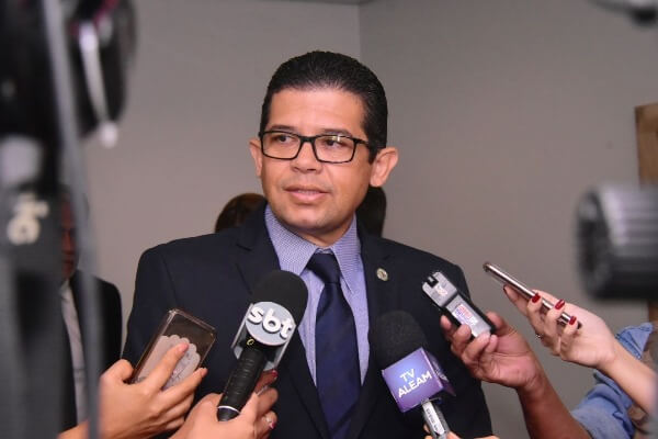 Assembleia aprova projeto que cria Selo Empresa Humanitária