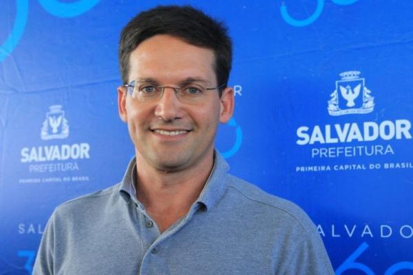João Roma comemora o desempenho da Prefeitura-Bairro do Subúrbio Ilhas