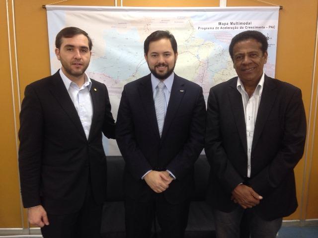 Jony Marcos cobra conclusão de obra de Escola Técnica no sertão de Sergipe