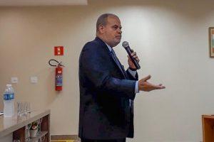 Procon Carioca promove curso para funcionários de supermercado