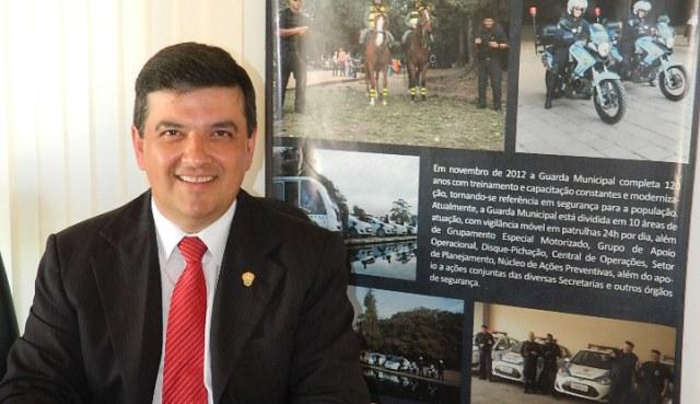 José Freitas anuncia licitação para instalação de câmeras de monitoramento nos parques da Redenção e Marinha do Brasil