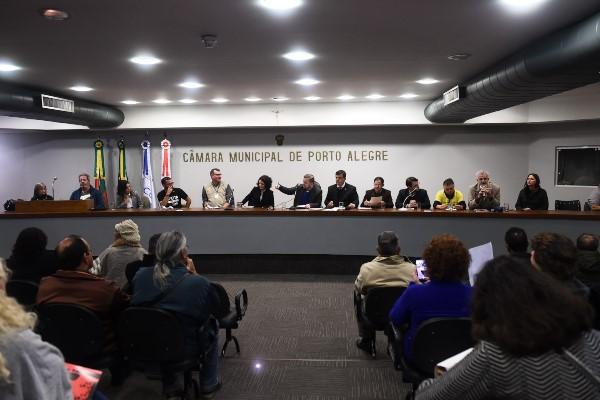 José Freitas discute instalação de mina de carvão no RS