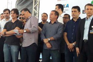 Vereador José Luiz participa da entrega de apartamentos em João Pessoa (PB)