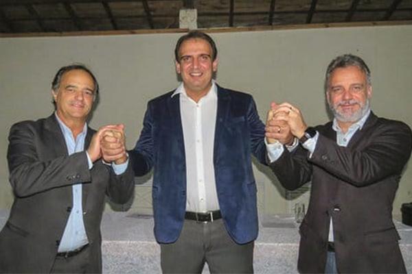 Gilberto Abramo abona filiação do prefeito de Machado (MG)