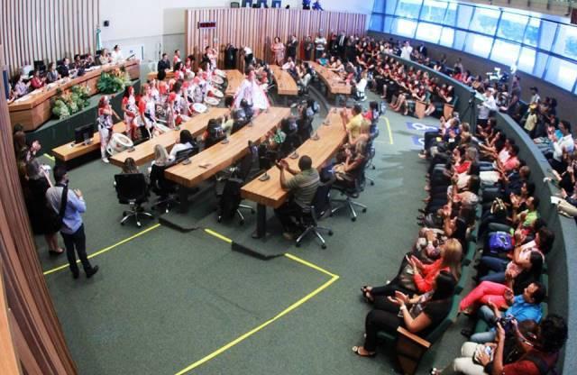 julio-cesar-prb-frente-parlamentar-de-combate-a-violencia-contra-a-mulher-foto-jesse-vieira-08-06-15-02