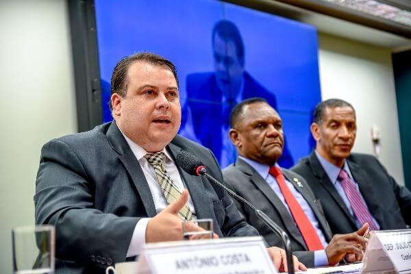 Julio Cesar apresenta emenda para evitar cortes no Sebrae