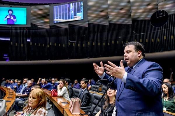 Republicanos reconhecem importância dos servidores públicos no trabalho do Poder Legislativo