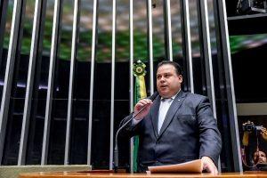 Julio Cesar Ribeiro reforça compromisso com setor esportivo