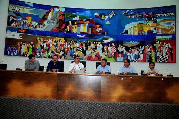 Júnior Verde conduz debate sobre atualização cadastral de pescadores