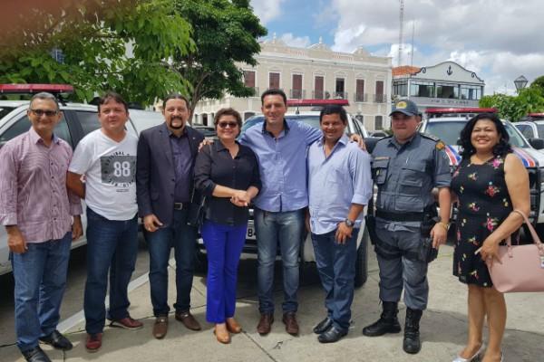 Júnior Verde prestigia entrega de viaturas policiais no MA