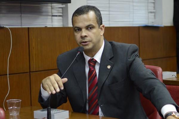 Pais deverão apresentar cartão de vacina para matricular filhos nas escolas da Paraíba