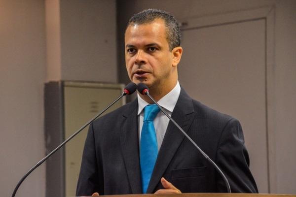 Jutay Meneses quer linha de crédito para o setor da reciclagem na Paraíba