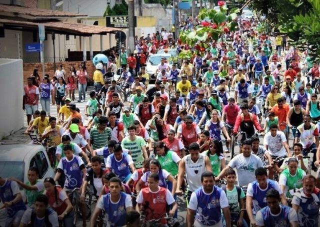 jutay-meneses-prb-participa-de-pedalada-contra-as-drogas-e-violencia-nas-escolas-em-joao-pessoa-foto-ascom-01-09-15