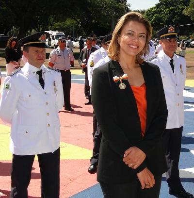 Leila do vôlei é condecorada com Medalha Tiradentes