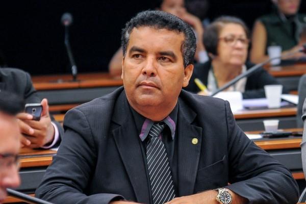 Lindomar Garçon debaterá com Eletronorte retomada de obras de ponte em Rondônia