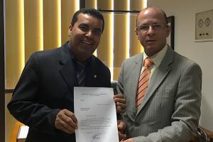 Lindomar Garçon comemora autorização para transferência de propriedades em Porto Velho