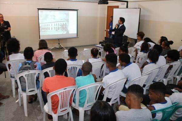 Câmara nas Escolas encerra edição 2019 em Campinas de Pirajá
