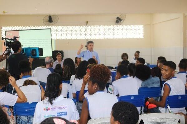 Câmara nas Escolas visita Colégio Municipal Amélia Rodrigues na terça (12)