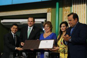 Desembargadora Maria da Graça Leal recebe título de Cidadã de Salvador