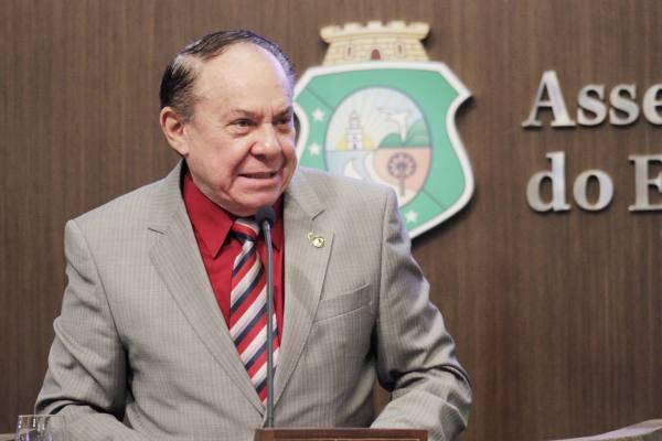 Manuel Duca pede à Assembleia do Ceará audiência pública sobre cajucultura