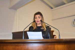 Manu Caliari pede instalação do Procon em Gramado (RS)