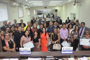 Câmara de Rio Branco homenageia o Dia do Professor