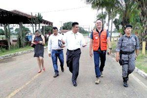Manuel Marcos faz campanha em prol de famílias afetadas por alagamento em Rio Branco