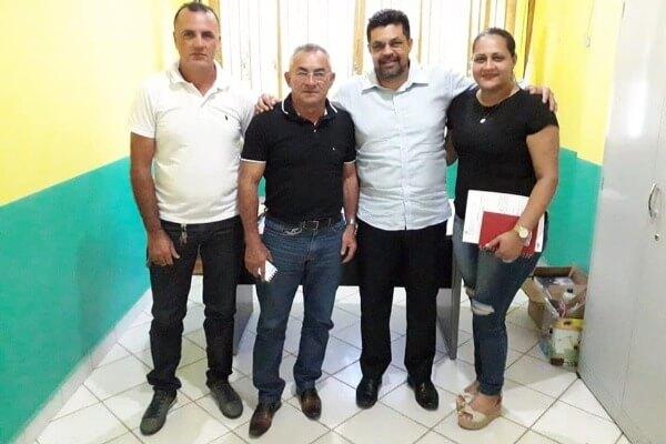 Em Assis Brasil, Manuel Marcos garante emenda para aquisição de ônibus