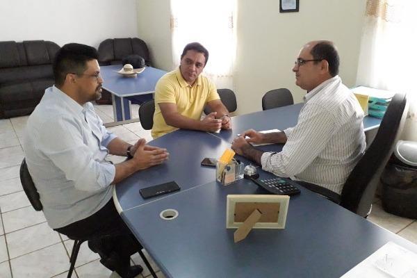 Mesmo em recesso, Manuel Marcos cumpre agendas nos municípios