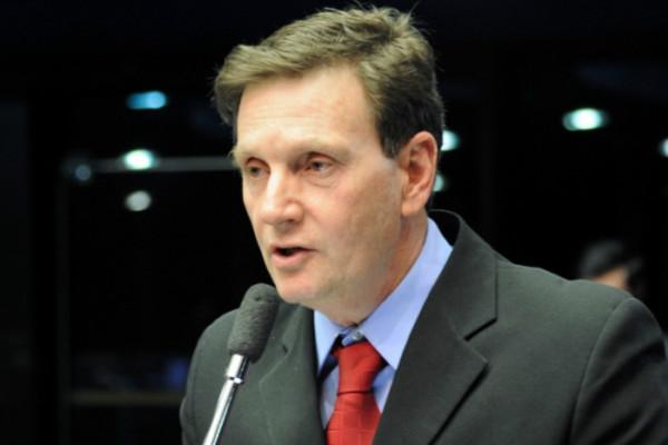 marcelo-crivella-prb-2011-prb-salario-minimo