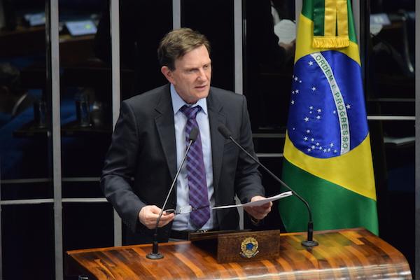 Crivella defende fim da autorização prévia de plano de saúde para atendimentos