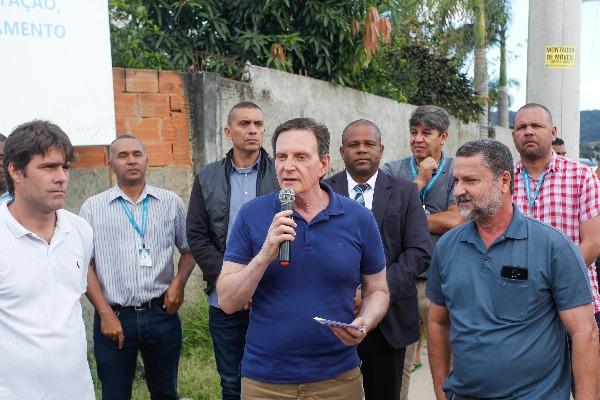Crivella anuncia retomada das obras do bairro Maravilha