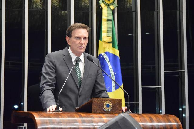 Crivella repudia violência contra jovens no Rio