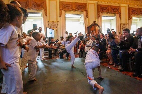Ensino de lutas marciais nas escolas municipais do RJ agora é lei