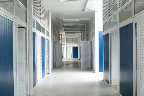 Crivella anuncia retomada de obras de clínica para exames de imagem em Bangu