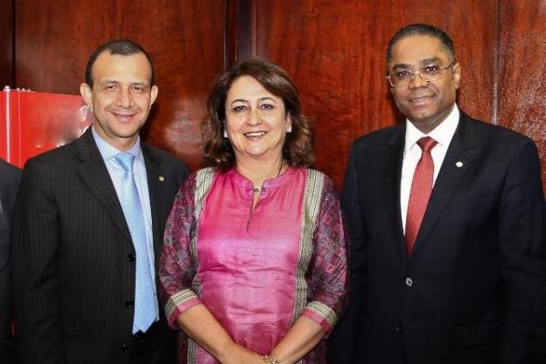 Marinho e Carlos Gomes se reúnem com ministra da Agricultura