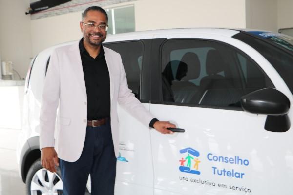 Márcio Marinho equipa três conselhos tutelares na Bahia