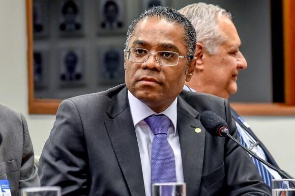 Márcio Marinho lança Frente Parlamentar em Defesa dos Conselhos Tutelares